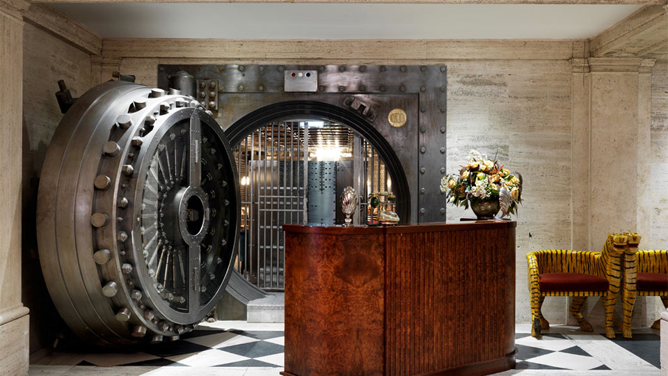 The members bar in the old Bank Vault