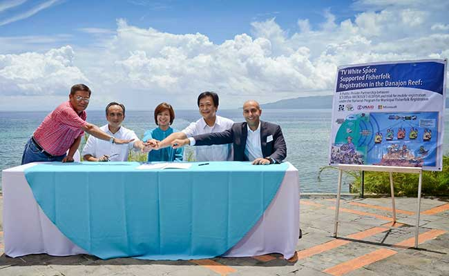 Developing private sector partnership with Microsoft to improve marine resources management