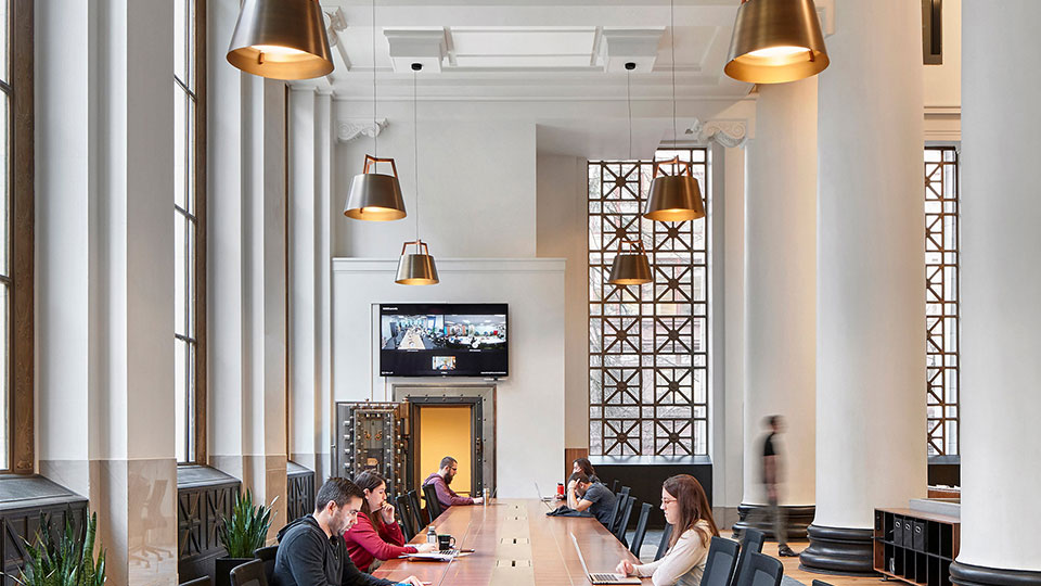 Tetra Tech provided MEP engineering and lighting design services for the new Expensify headquarters in Portland, Oregon.