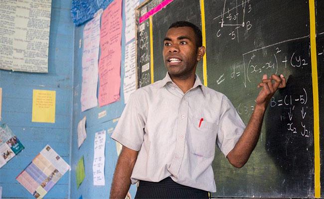 Teaching high school mathematics as part of the Tetra Tech-supported Australia Awards program