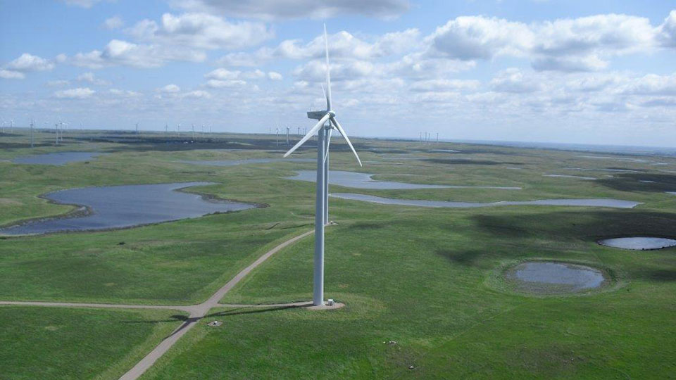 Tatanka Wind Farm is the largest renewable energy project in North and South Dakota, sitting on approximately 14,080 acr