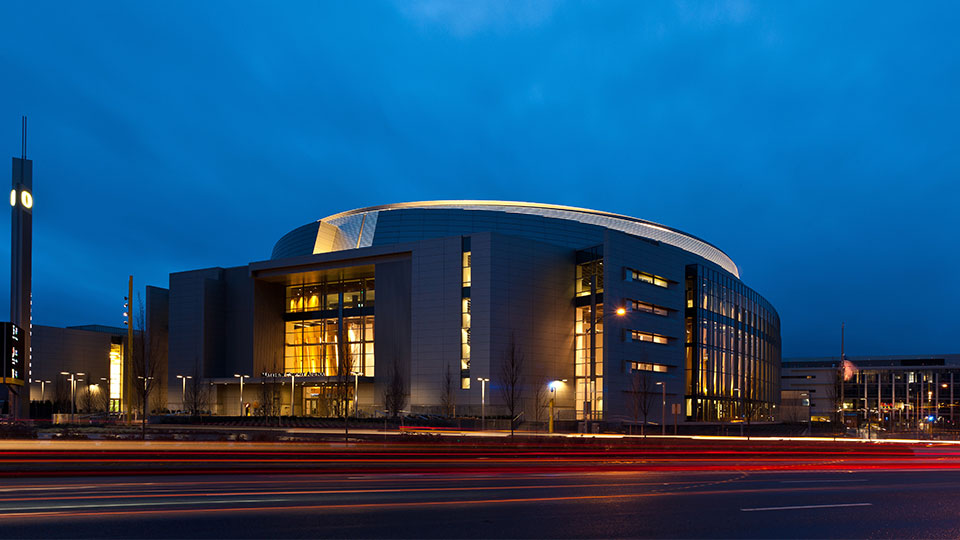 Tetra Tech designed the University of Oregon's Matthew Knight Athletics and Events Arena in Eugene, Oregon.