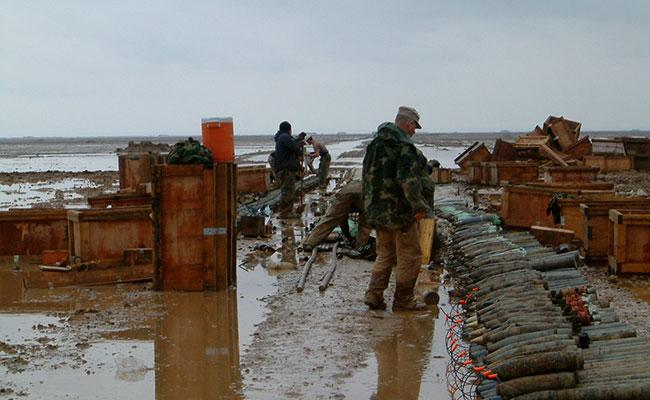 Preparing munitions for destruction in Iraq