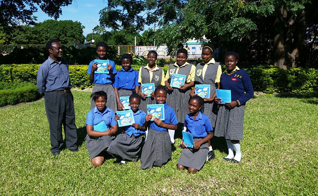As part of Tetra Tech's STEM Program, Tetra Tech donated its Future Engineering: The Clean Water Challenge book to the g