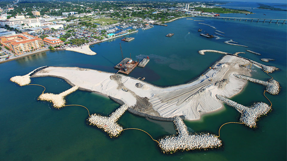 Aerial view of the Fort Pierce Marina artificial island complex that Tetra Tech designed