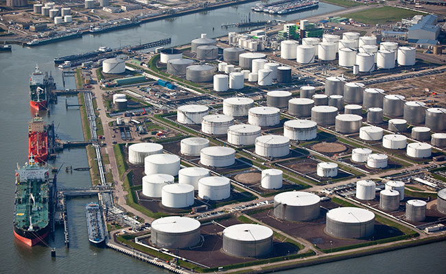 Tetra Tech provided business case and financing strategy for a proposed oil terminal in the Middle East.