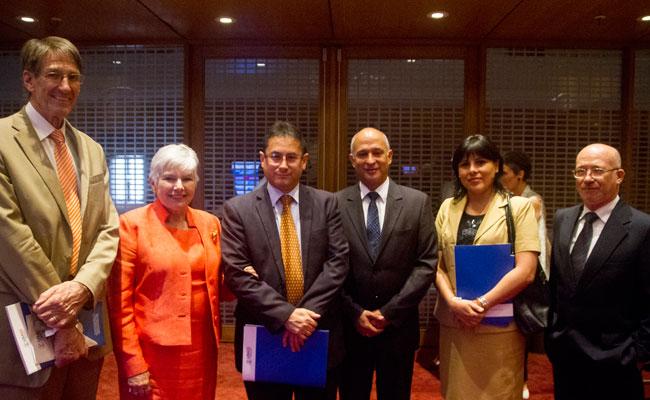 Tetra Tech's Bob Page and Patty Valdivieso; Deputy Minister Ernesto Lechuga, USAID COR Martin Castro; MINJUS Advisor Jen