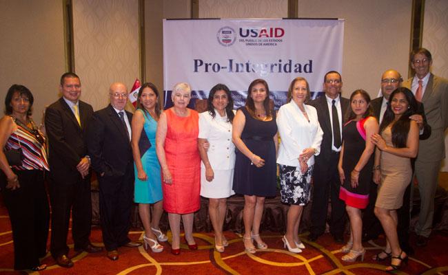 The Pro-Integridad team