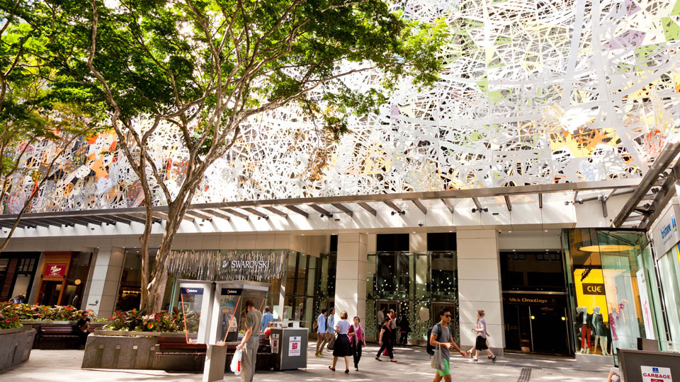 Tetra Tech provided high performance building services for retail centers in Brisbane's Queen Street Mall in Australia.