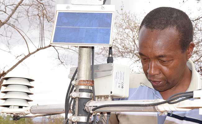 Integrating knowledge management data to service the  Automatic Weather Station at Wamunyu, Machakos, Kenya